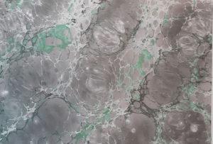 Reproduktion eines marmorierten Papiers