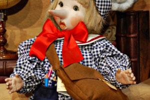 Pinocchio somaro gigante blù