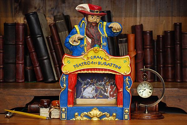 Gran Teatro dei Burattini con Mangiafuoco (Pinocchio)