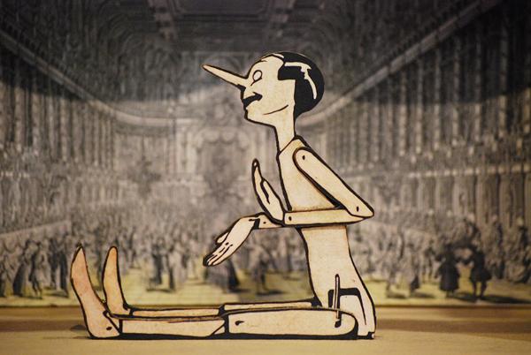 Pinocchio seduto, sagoma traforata a mano della serie 'Le avventure di Pinocchio'